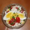Salát z čínského zelí s rajčaty a kukuřicí
